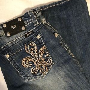 Miss Me embellished GREAT condition jeans!